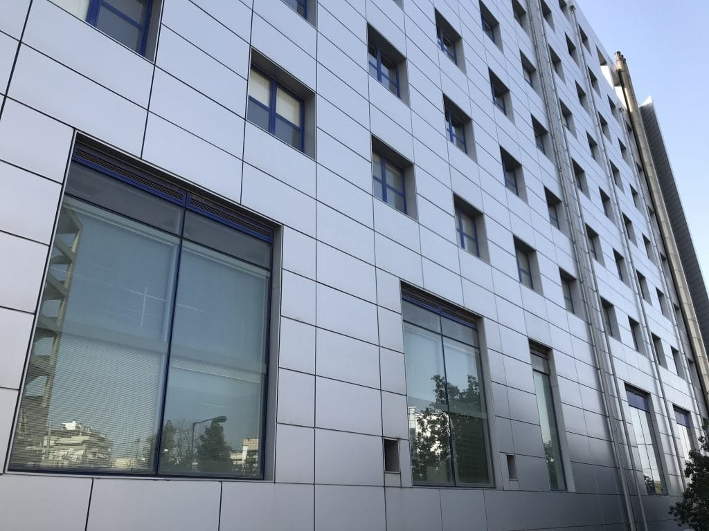 aluminium panels for cladding and construction