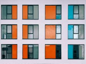 Aluminium panels in doors and windows